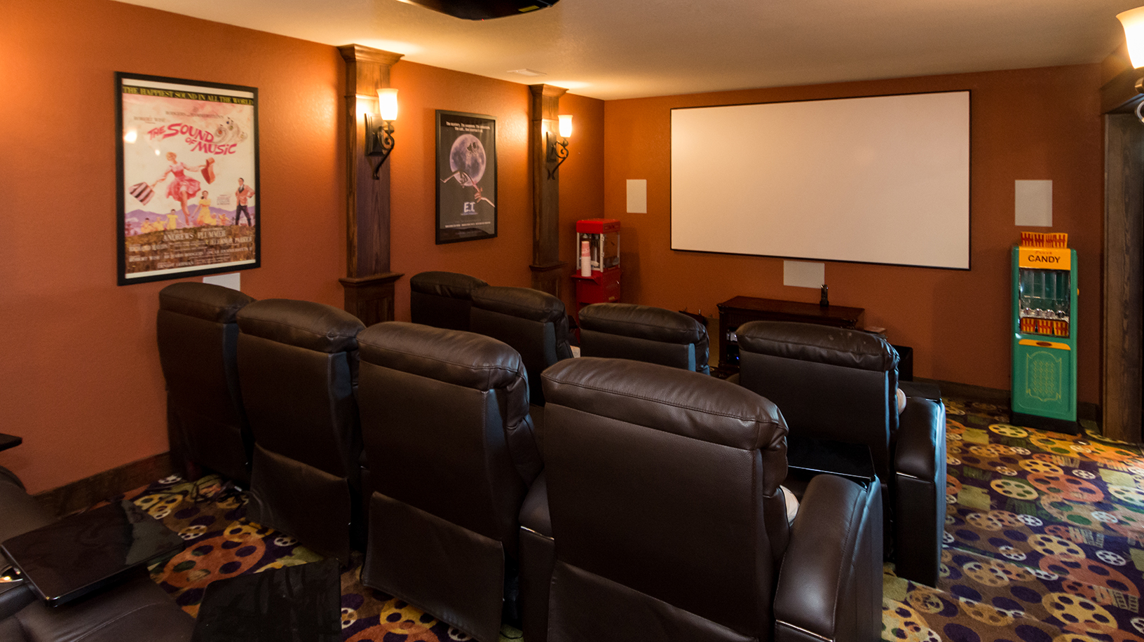 Top 6 Outer Banks Home Theater Rooms