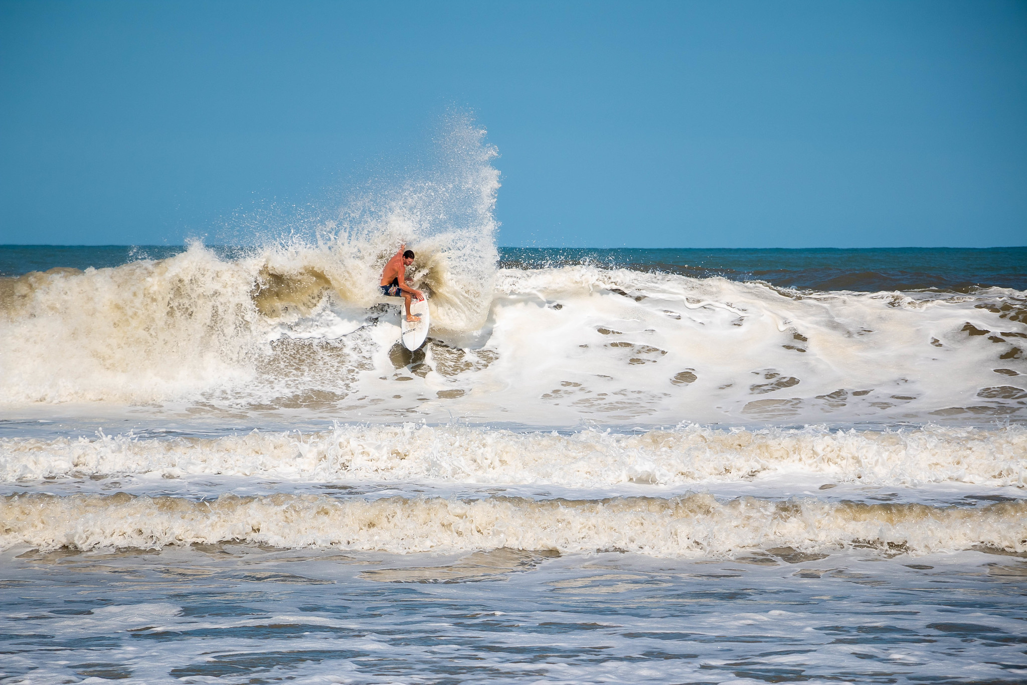 Guide To Surfing In The Outer Banks