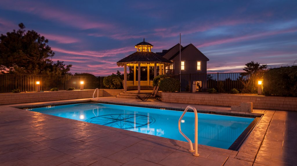 B985 Pool at Night