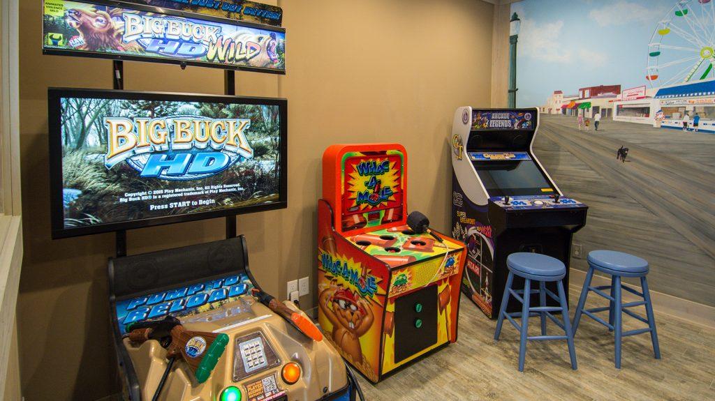 ER012 Arcade