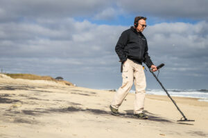 winter metal detecting on the obx