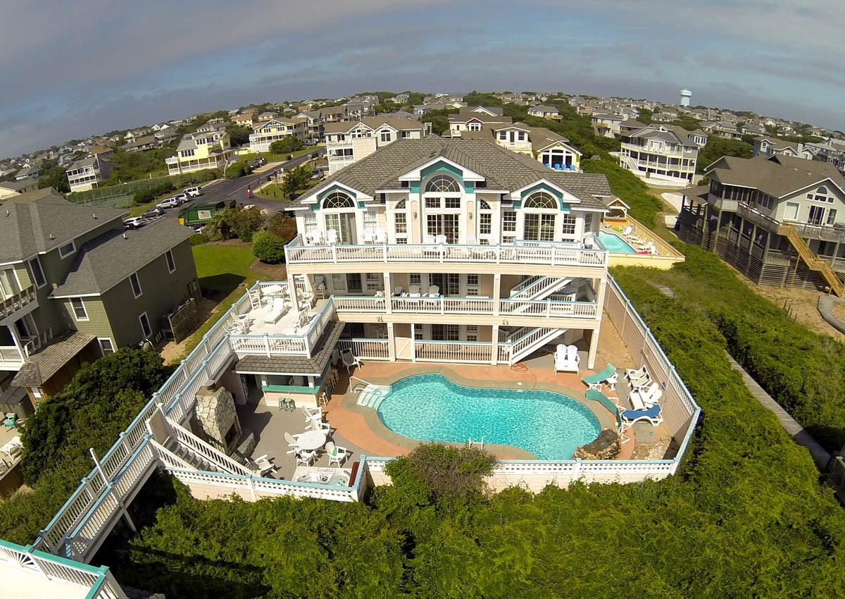 Beach House Rentals with Elevator