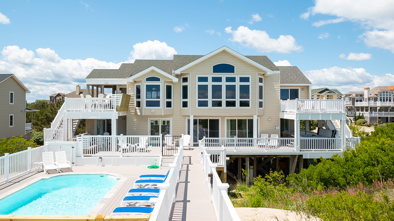 large new cottage outer layers lodging rentals amenities vacation to sky obx stay banks where