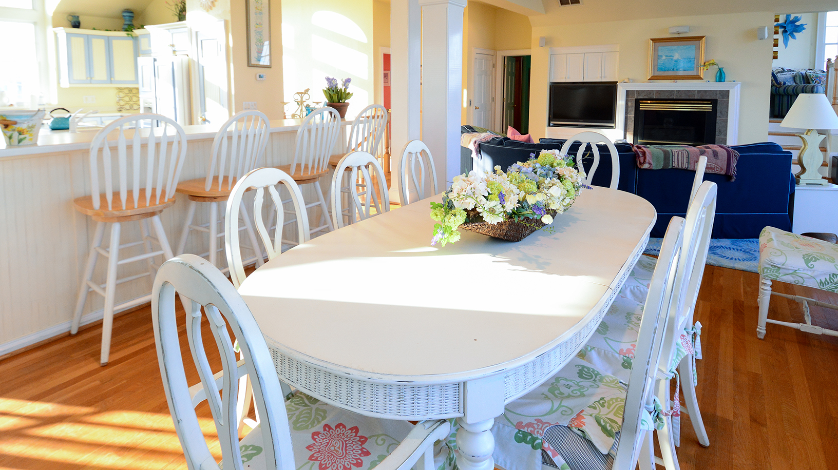 Oceanfront Rentals   Surf and Volley