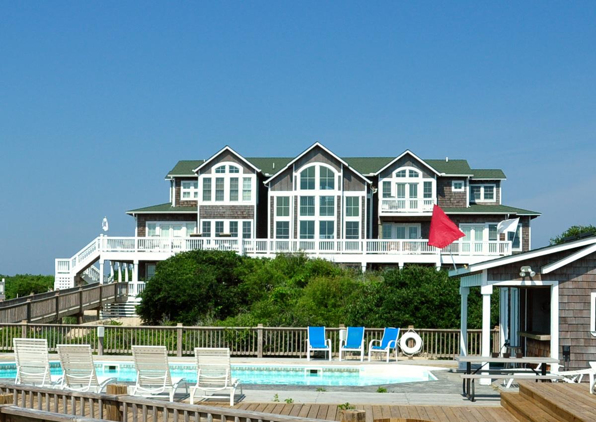 The Hemingway Oceanfront Home In Ocean Beach 4x4