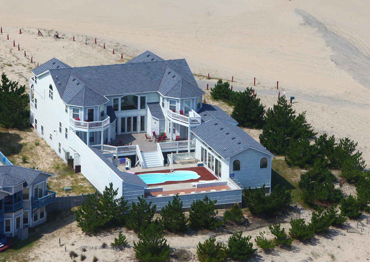 Twiddy outer banks vacation home wow v corolla for Beach house plans outer banks