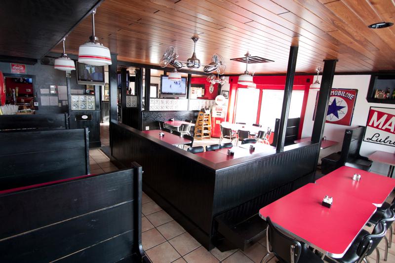 Lucky 12 Tavern