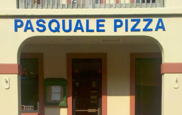 Pasquale's Pizza and Pub exterior